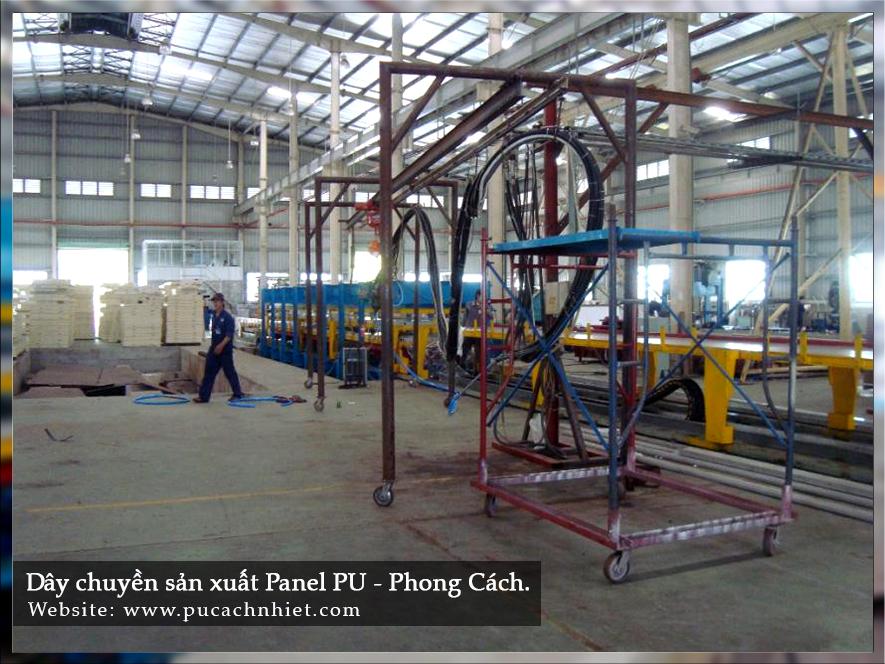 dây chuyền sản xuất tấm cách nhiệt PU 3